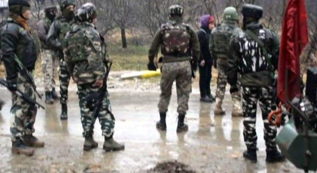 Militants attack Police Post at Sherbagh, Anantnag; 3 Civilians, 1 Cop injured