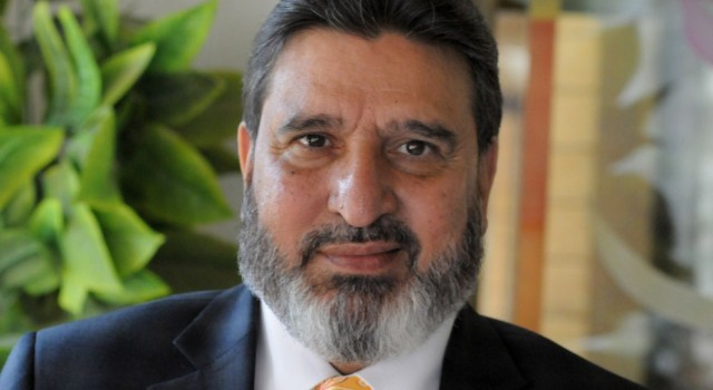 JK Bank should shun bureaucratic approach: Altaf Bukhari