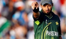 Shahid Afridi supports Imran Khan, says he is proud of Pakistan Armed Forces