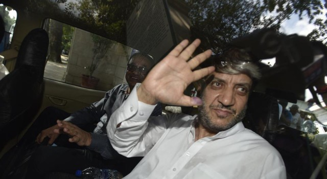 Surge in Covid cases inside Tihar JailFamily concerned over the condition of Shabir Shah, demands to be release on parole