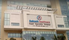 Doctors give new lease of life to pregnant lady and her baby at Aakash Healthcare Delhi