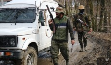 Govt forces lay siege to Budgam village, launch searches
