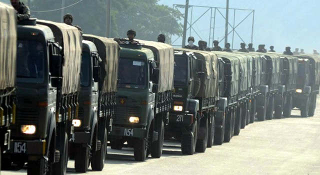Govt forces lay siege to Bandipora village
