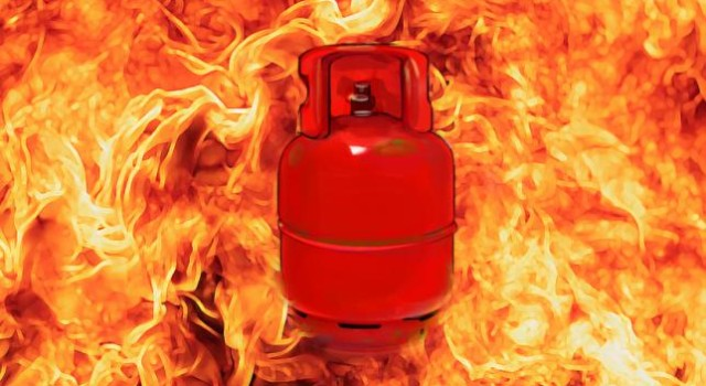 Husband, wife among five family members injured in gas cylinder blast