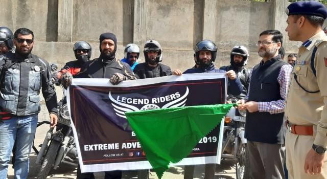DDC, SSP Bandipora Flags-off Bike Riders Rally to Gurez Valley