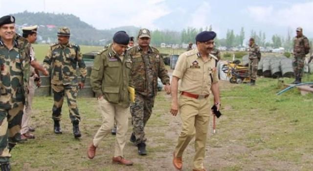 DGP visits Marwah, Dachan, Kishtwar, reviews security arrangements