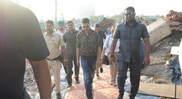 Akshay donates Rs 1 crore to Chief Minister's Relief Fund for Odisha cyclone victims