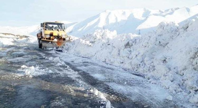 Mughal Road closed till May; clamour for tunnel grows