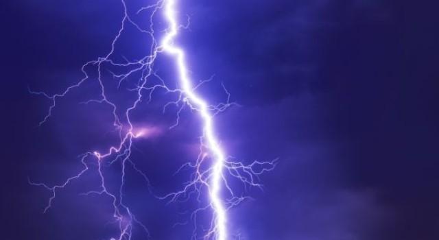 Four girls injured after lightning strikes village in Jammu and Kashmir