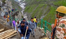 Another batch of 5,486 pilgrims leave for Amarnath cave