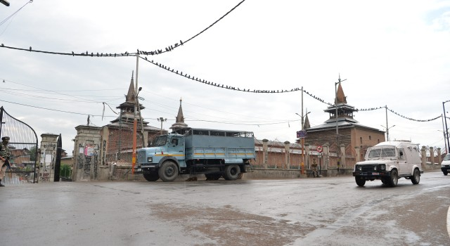 Curfew imposed in Kashmir ahead of Article 370 Abrogation anniversary on August 5