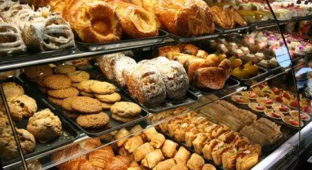 Ahead of Id festival, Srinagar bakers to face COVID-19 test