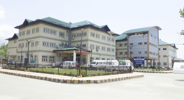 District Hospital Ganderbal Termed as full time Covid-19 Hospital