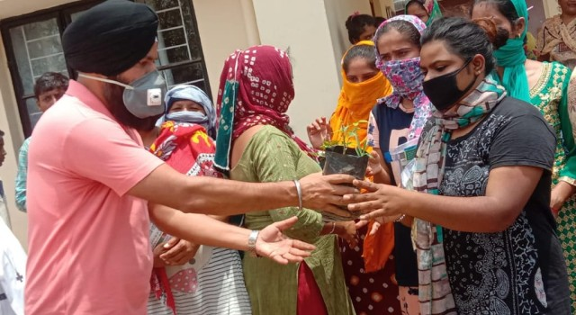 """We The Human"" distribute COVID19 Hygiene Kits & plants among Sanitation Workers in Samba"