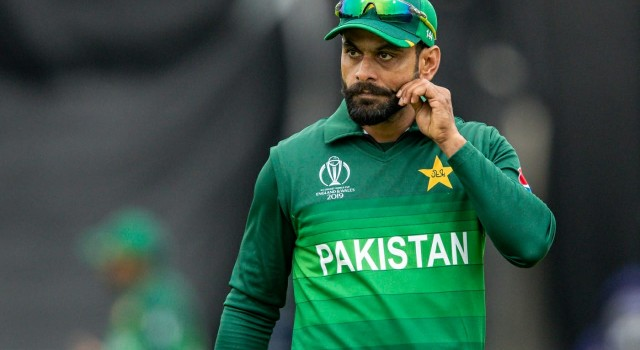 Day after being declared COVID-19 positive, Hafeez tests negative
