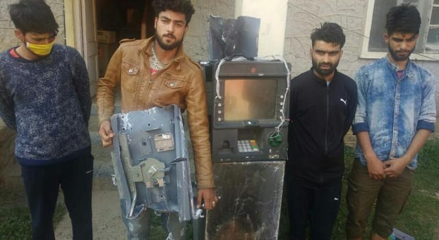 Police solve ATM stolen case in Kulgam, arrests four persons
