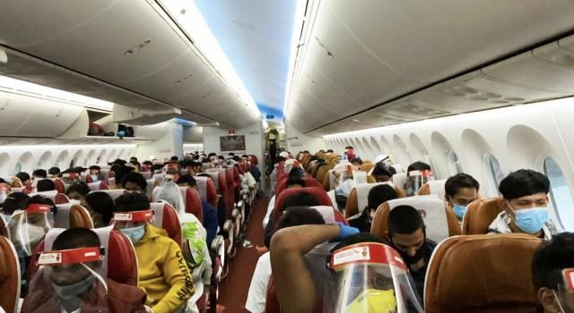 International flight from Jeddah arrives at Srinagar with 143 passengers