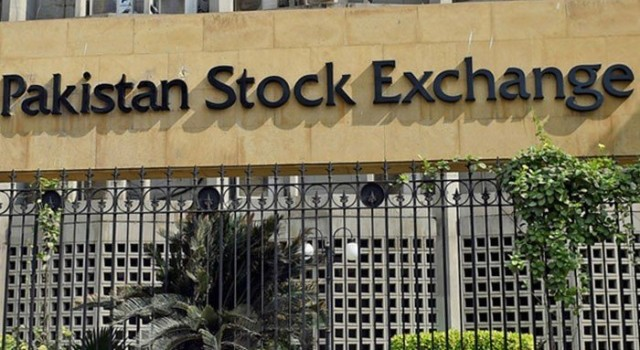 Pakistan Stock Exchange attacked; 2 civilians, 4 gunmen killed