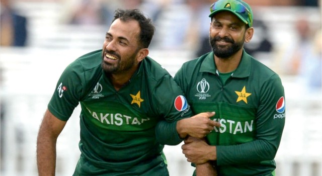 Six Pakistan players, including Hafeez, test negative for COVID-19; to join squad in England
