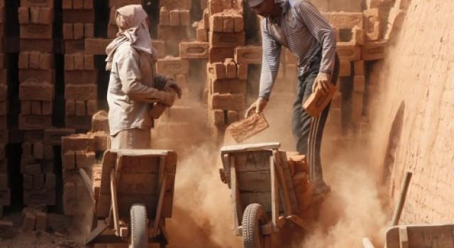 25,000 non-Kashmiri migrant workers return to J&K