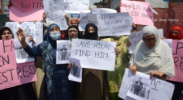 Missing Bemina youth's family stages protest, 'begs for his return'