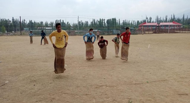 KFORCE/10SECT/2RR/KUNZER ARMY CAMP ORGANISED NATIONAL SPORTS DAY