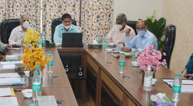 Rohella reviews functioning of Cluster Head Institutions of Jammu, Kashmir Divisions