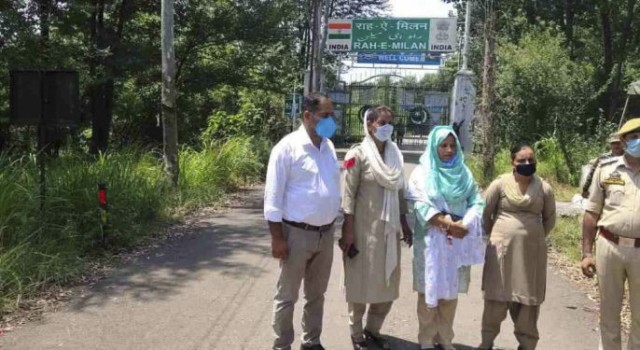 Uri Woman Returns Via Chakan-Da-Bagh Poonch, 13 Months After Crossing LoC