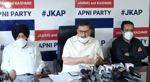 Outgoing MPs failed to 'protect' Article 370, 'Thank God' they are out: Altaf Bukhari
