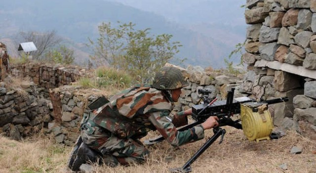 Pakistan violates ceasefire along IB in Kathua