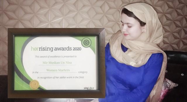 First Kashmiri Girl To Get Her Rising Award
