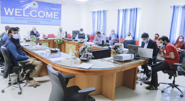 CUK's IT Deptt starts training workshop on IoT and Machine Learning