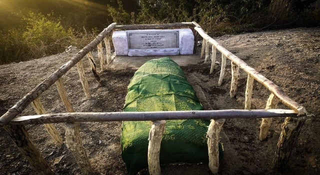 Army resuscitates grave of a Pakistani major killed in 1972 at Kupwara's Nowgam sector