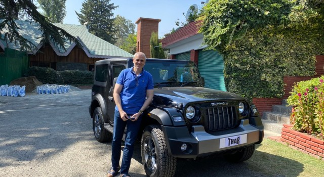 Omar Abdullah reviews 'Thar' after a test drive with father, Anand Mahindra responds