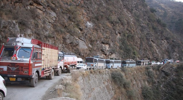 Sgr-Jammu highway: Government amends earlier order, traffic to remain suspended on every Friday again in Feb
