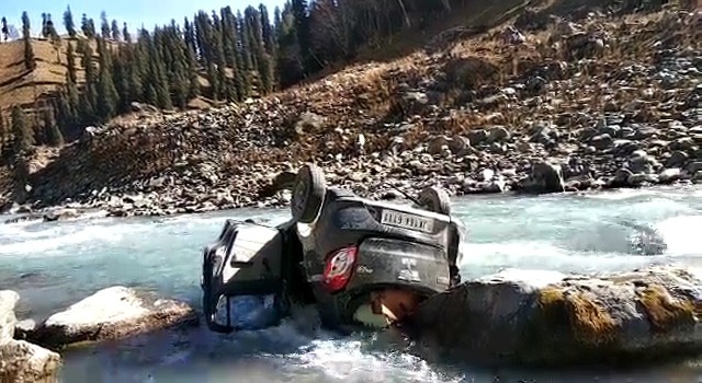 20-yr-old youth killed, four injured in Ganderbal mishap