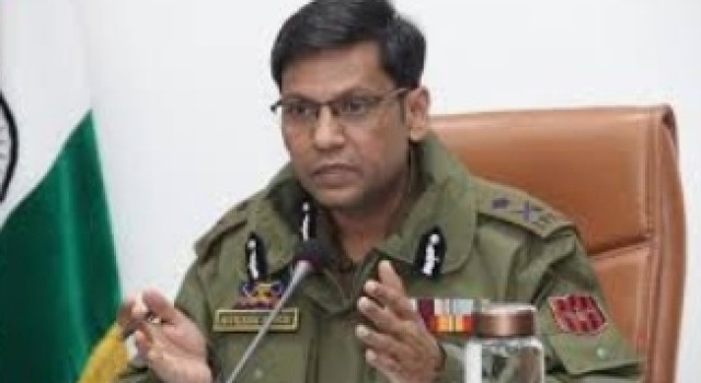 Present period suitable for infiltration, committed to foil all bids on LoC, IB: DG BSF Rakesh Asthana