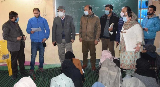 ADC Sopore Carried Out Surprise Inspection Of 06 Coaching/Tuition Centres