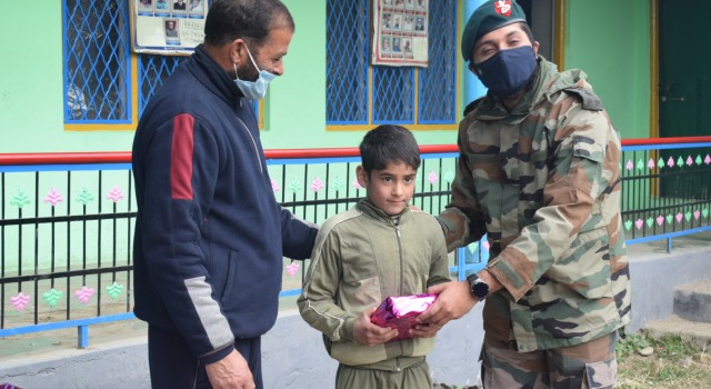 Army Organise Sports Activities Event at School In Ussan Pattan