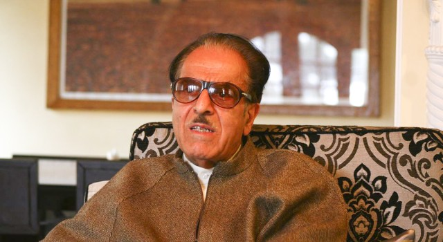 Talk to mainstream politicians instead of inviting diplomats to Kashmir: Soz